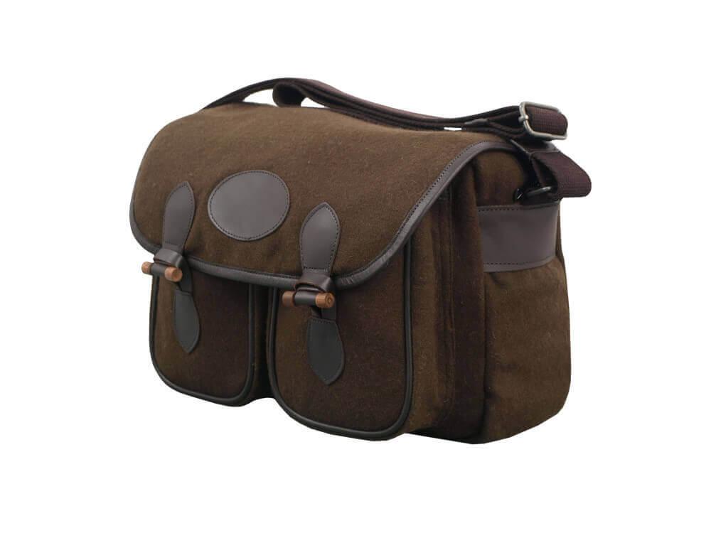 Jagdtasche mit 2 Frontaschen braun aus Loden von Becker Kleidung