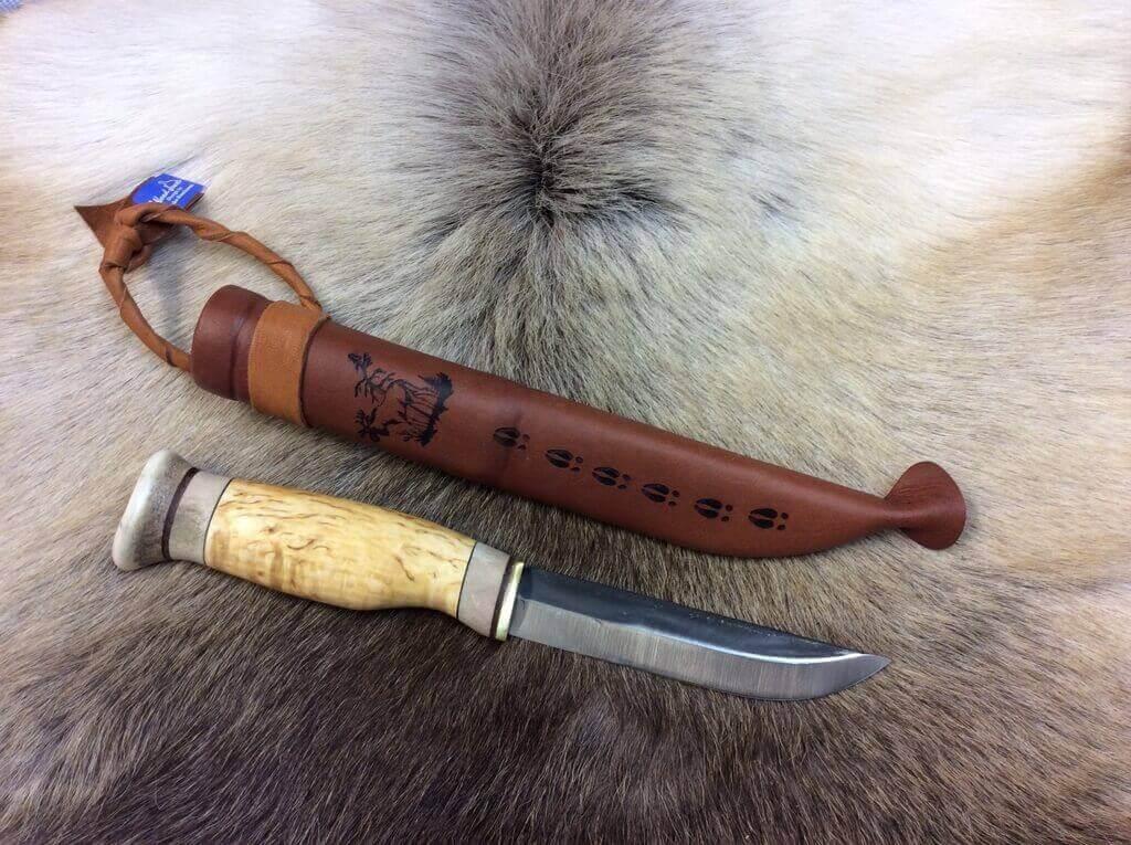 Jagdmesser Classic Puuko mit Birkenholzgriff Rentierhorn Carbonstahlklinge und Lederscheide von WoodJewel